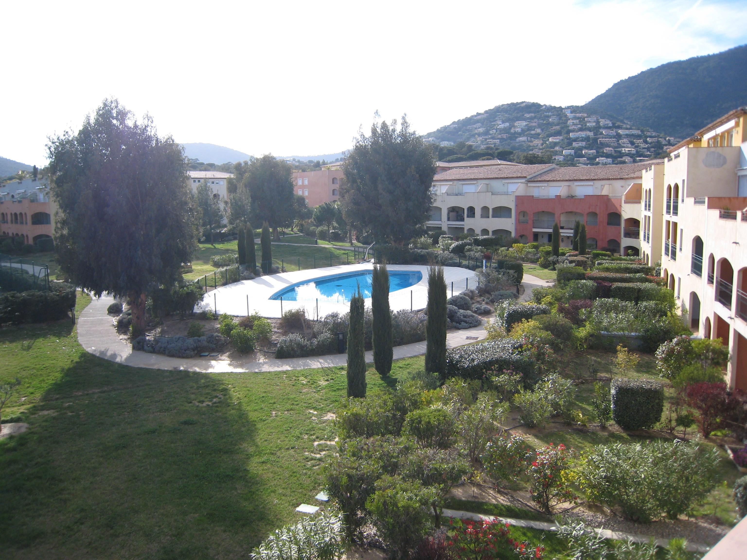 uitzicht op tuin/zwembad